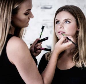 Beatrice Makeup sminkar Felicia