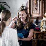 Gabriela Turkos i rådgivning vid hårmineralanalys